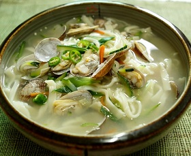 "Kalguksu - Wheat Noodle Soup (""Knife Soup"") - 칼국수"